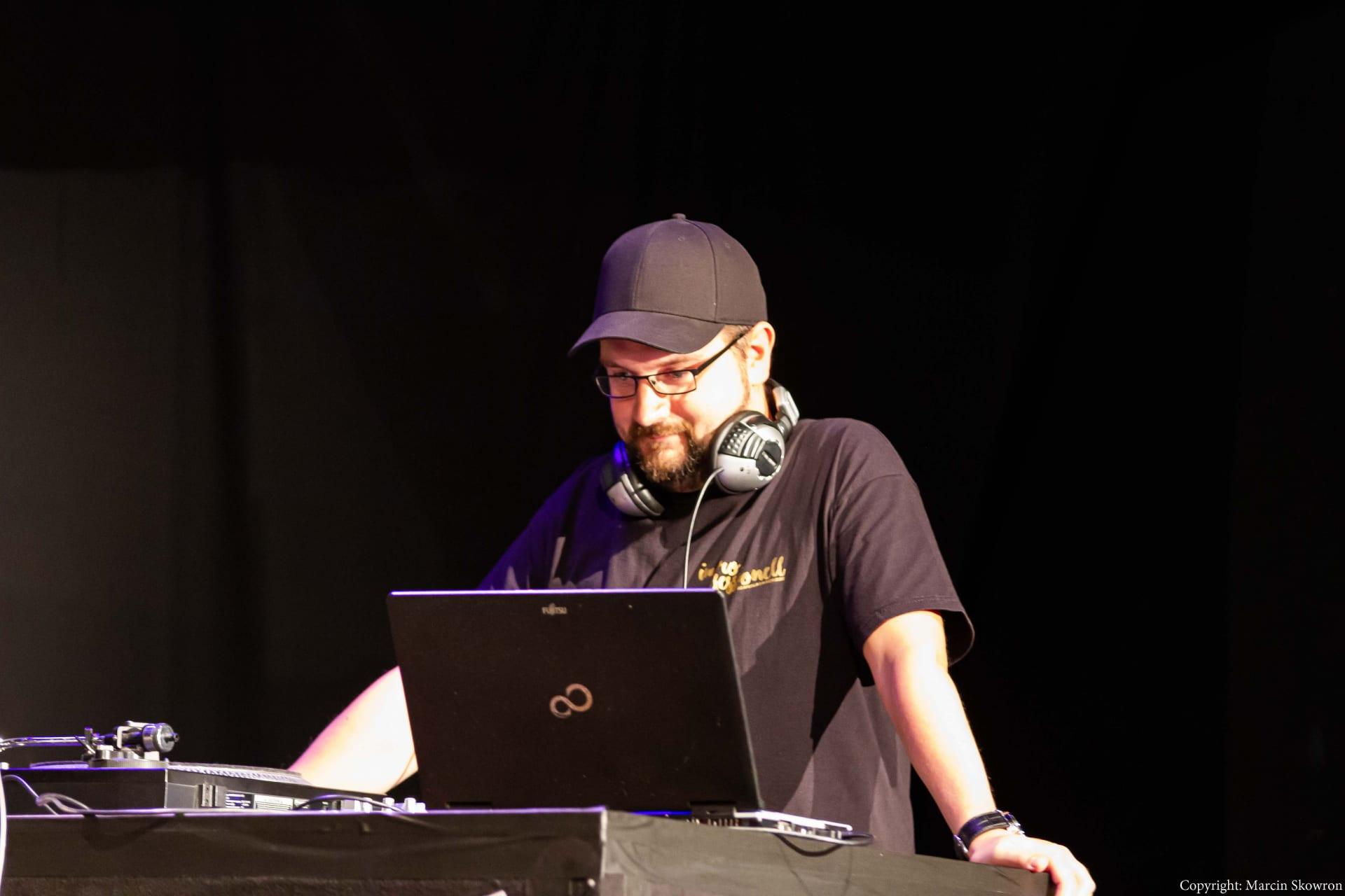 DJ Easy P